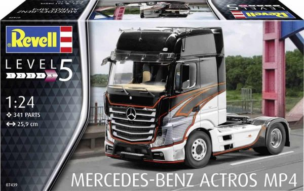 Mercedes Benz Actros MP4 Revell schaal 124
