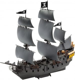 Model Set Black Pearl