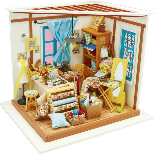 Robotime - DIY Dollhouse Kit-Lisa's Tailor with LED light - Houten Bouwpakket