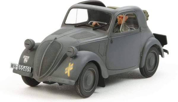 Tamiya Simca 5 Staff Car German Army