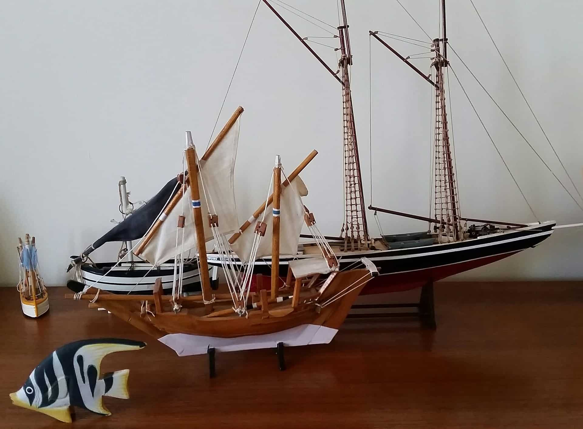 Verschillende modelbouw niveau schepen